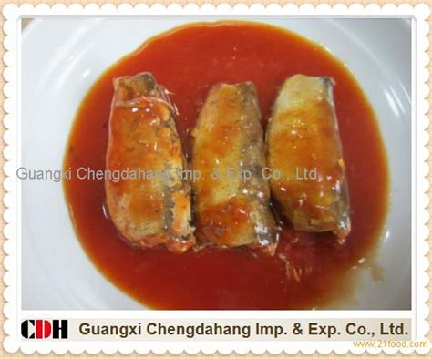 Pronas Sardines Chili Sauce 155g 155g canned sardine in tomato sauce with chilli products