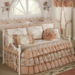 Daybed bedding sets for girls bed and bath