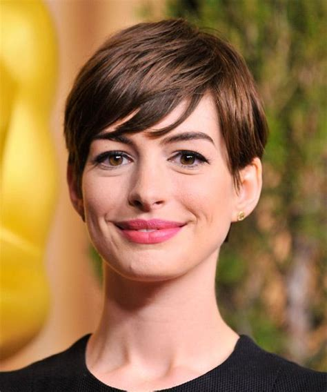 casual pixie hairstyles anne hathaway pixie hairstyle short straight casual