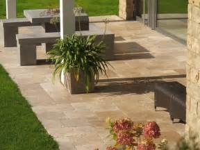 terrassen platten travertin noce terrassenplatten natursteinplatten