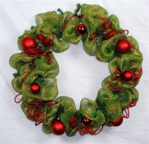 how to add mesh garland christmas tree how to make a mesh wreath deco mesh wreath tutorial with pictures