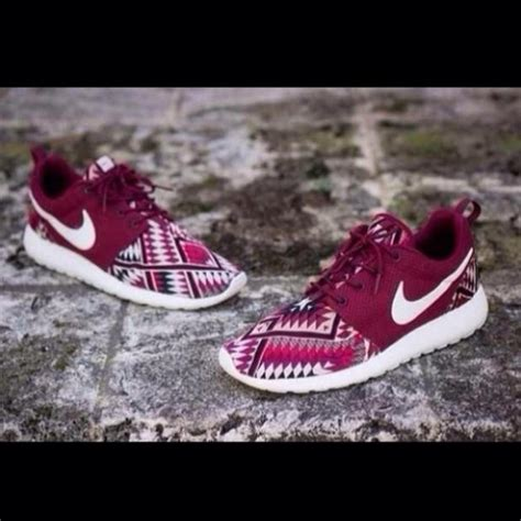 Tribal Pattern Roshe Runs | shoes nike running shoes tribal pattern nike roshe run