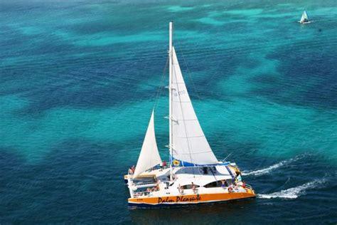 catamaran sailing in aruba aruba sail and snorkel cruises and charters visitaruba