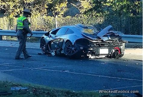 mclaren p1 crash test mclaren p1 suffers serious crash in dallas