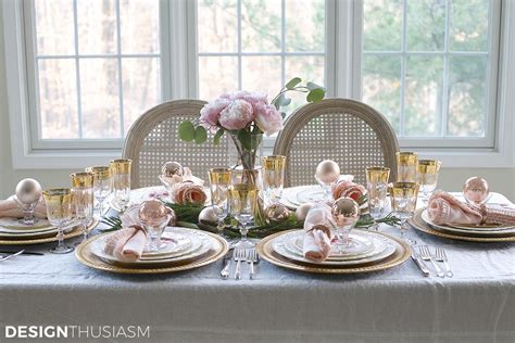elegant christmas table setting with pink and gold elegant christmas table setting with pink and gold