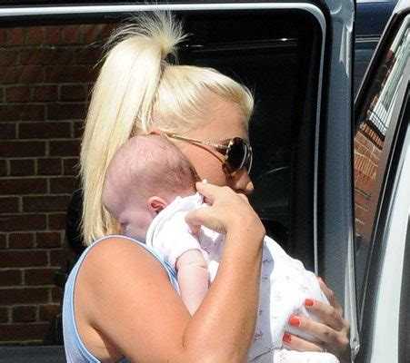 billie faiers enjoys afternoon cuddles with baby nelly