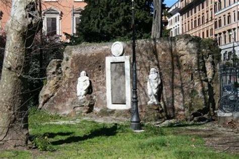 porta magica piazza vittorio roma la porta magica di quot piazza vittorio quot roma su simpatici