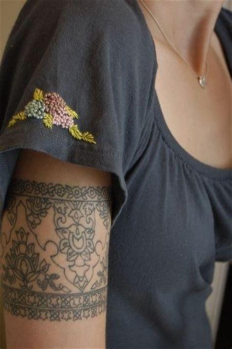 tattoo upper arm band 20 beautiful armband tattoos styles weekly