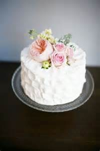 single layer cake decorating ideas 17 best ideas about single tier cake on floral