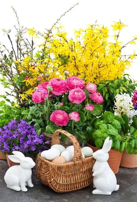 Arrangement Flowers by Buket Af For 229 Rsblomster Med P 229 Ske Dekoration Stock Foto