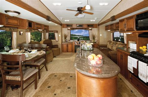 winnebago raven 3300ck active luxury