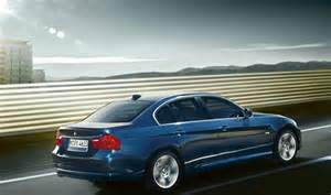 2010 bmw 3 series gets lifestyle and exclusive model grades