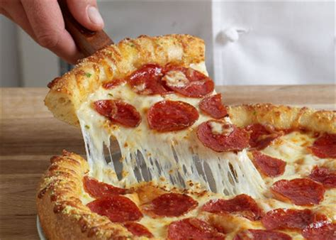domino pizza hand tossed drjunkfood domino s new hand tossed pizza