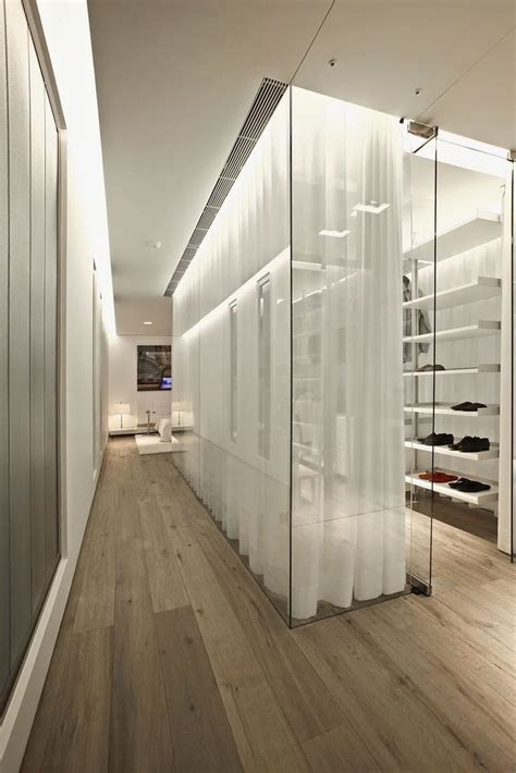 Walk By Closet by Top 40 Modern Walk In Closets Your No 1 Source Of