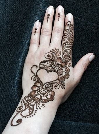 finger henna designs hearts book of simple mehndi design with heart in us by liam