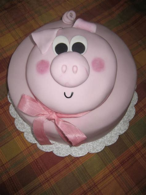 Pig Anniversary Cakeq pig cake i can do this i think this is the one for birthday ideas