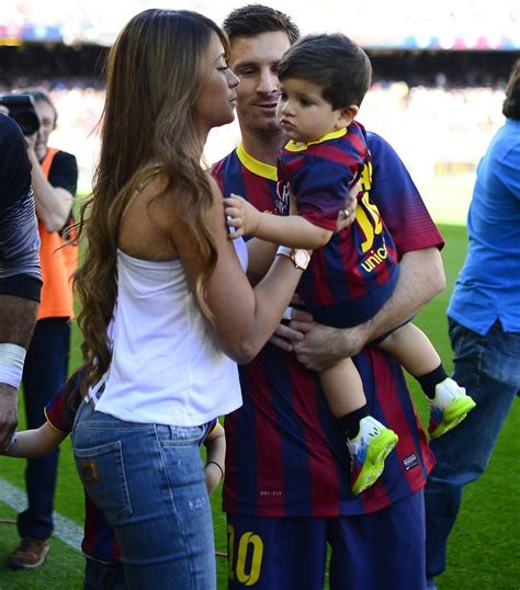 messi and wife lionel messi wife images 6 soccer pinterest lionel