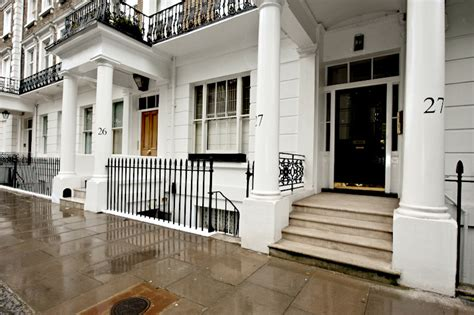 rent an appartment in london luxury christmas apartment in london the onslow gardens