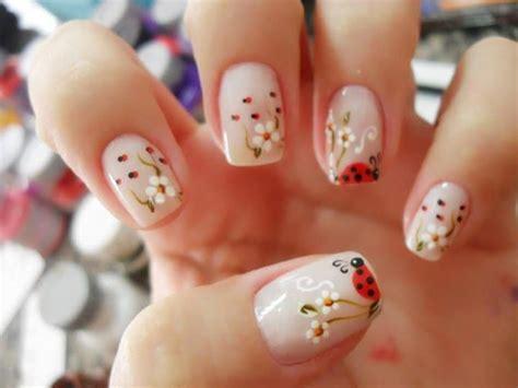 imagenes de uñas oscuras decoradas las 25 mejores ideas sobre dise 241 os de pedicura en