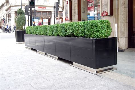 savoy hotel project planters and furniture