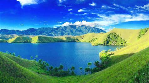 keindahan danau sentani  panorama alamnya reddoorz