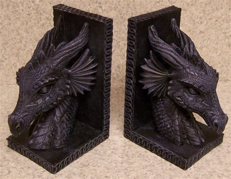 dragon bookends share