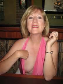 candid voyeur accidental nudity nipple slip   epicsaholic