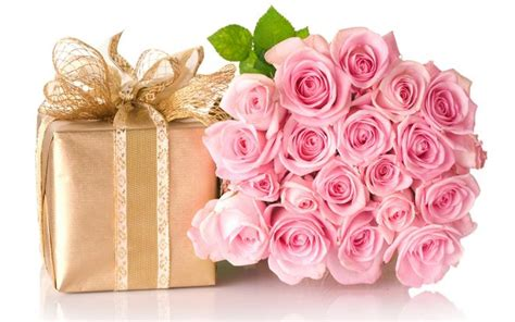 imagenes de rosas para una persona especial las mas naturales flores para felicitar a una amiga