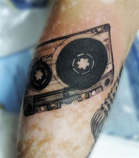 cassette tattoo designs best 25 cassette ideas on 13 reasons