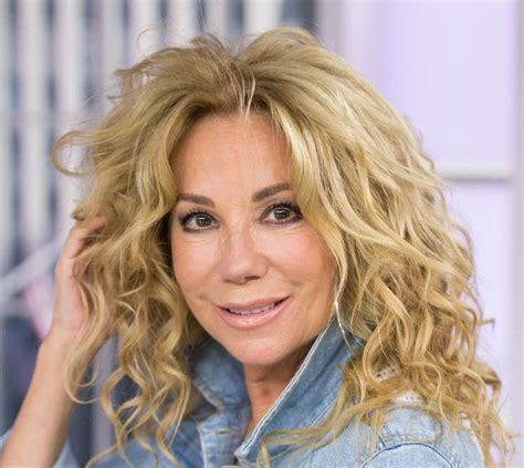 kathie lee gifford hair extension oltre 1000 idee su fine curly hairstyles su pinterest