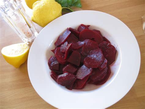 barbabietole rosse come si cucinano ricetta barbabietole rosse calorie e valori nutrizionali