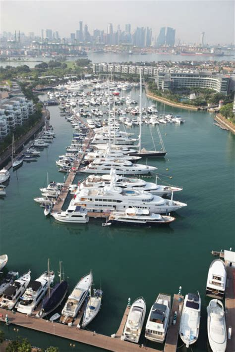 boat shipping singapore asia s largest ever exhibition of luxury boats and yachts