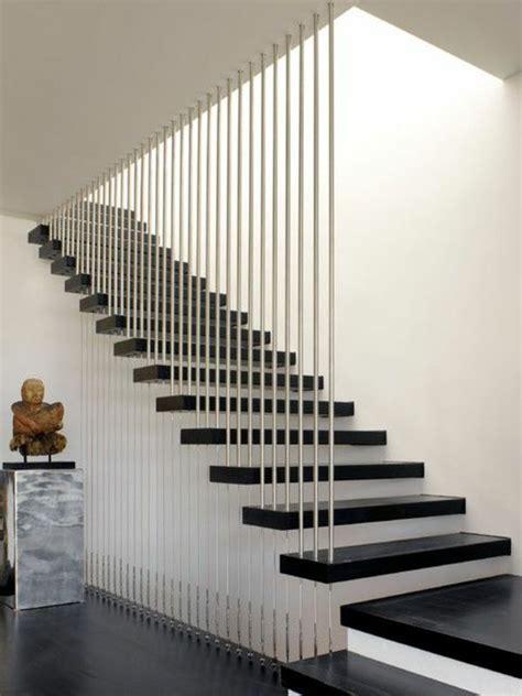 treppengestaltung innen treppengestaltung modern mit kontrastierende farben und