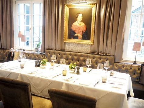 traditioneller speisesaal tisch ein winter weekend in feldkirch silviaschreibt de