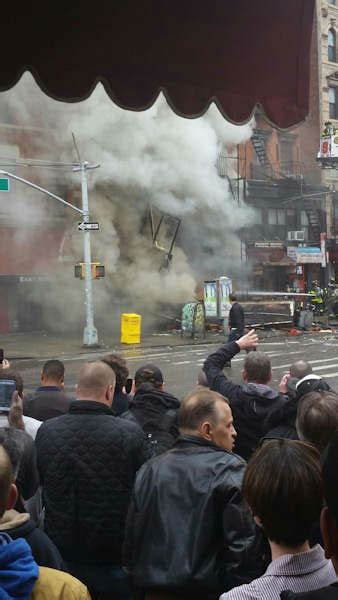 Chicago Apartment Collapse Explosion Collapse Reported At Apartment Building In East