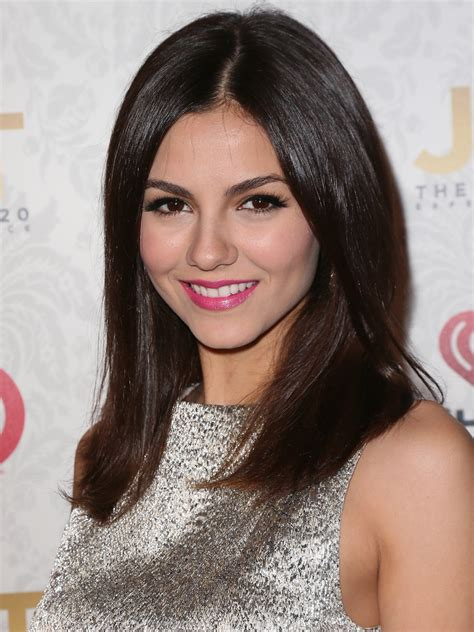 fashionable straight haircuts for long hair pretty designs 2013 victoria justice cute long straight hairstyles