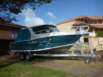pontoon boats for sale perth wa new preston craft 8m thunderbolt power boats boats