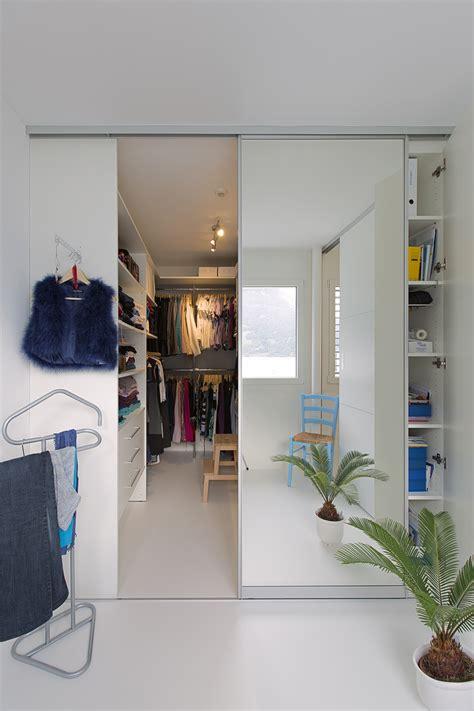 kleiderschrank u form 220 berbreite schiebet 252 ren mit spiegelband als kleiderschrank