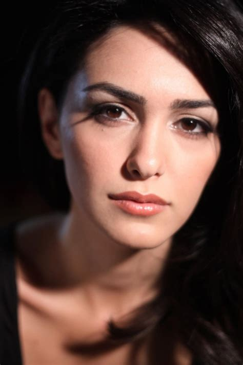 american actresses bold scandal nazanin boniadi joins the caign s board of directors