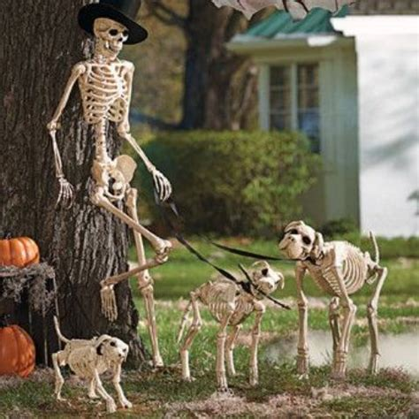 halloween themes with dogs 31 creepy and cool halloween yard d 233 cor ideas digsdigs