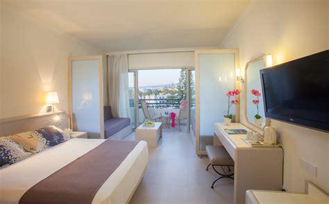 louis imperial beach plus paphos sea view hotel