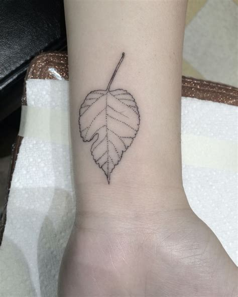 single needle tattoo vs regular 88 best images about single needle tattoos on pinterest
