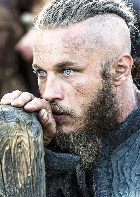 how did they do ragnar lothbroks hair style 25 best ideas about travis fimmel on pinterest ragnar