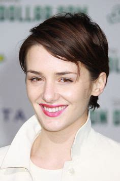 beautiful women hairstyle with sideburns classic short hairstyle with pointed sideburns short