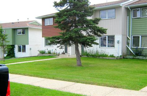3 Bedroom Houses For Rent Pets Allowed by Grande Cache 3 Bedrooms Townhouse For Rent Ad Id Mcp
