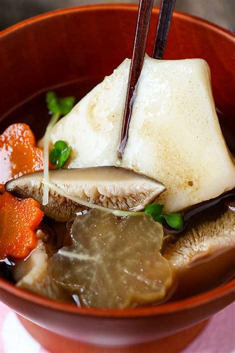 new year mochi recipe ozoni japanese new year mochi soup お雑煮