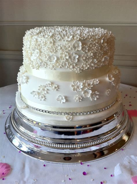 white 2 tier wedding cake two tier white wedding cake cakecentral