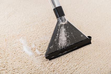 teppich geruch entfernen geruch aus teppich mit nasssauger entfernen