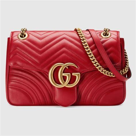 edredon gucci gg marmont medium matelass 233 shoulder bag h a n d b a g s