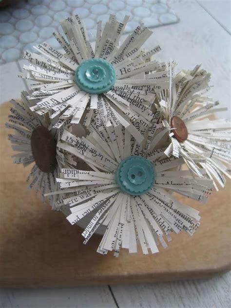 confeccion de flores de papel pediodico m 225 s de 25 ideas incre 237 bles sobre manualidades de papel